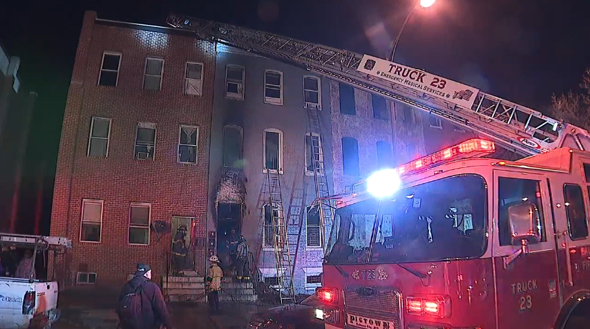 Residents escape burning home, cat rescued after fire in SW Baltimore<p></p>