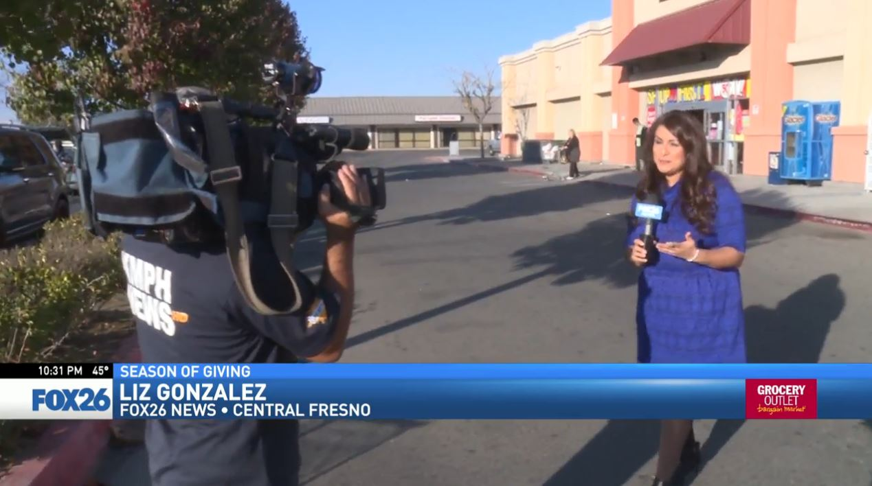 Watch what happened when FOX26 News reporter Liz Gonzalez surprised a woman shopping at the Grocery Outlet in Central Fresno.<p></p>