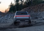 2018_11_J.-Rivian_R1T_Fun_In_Dirt.jpg