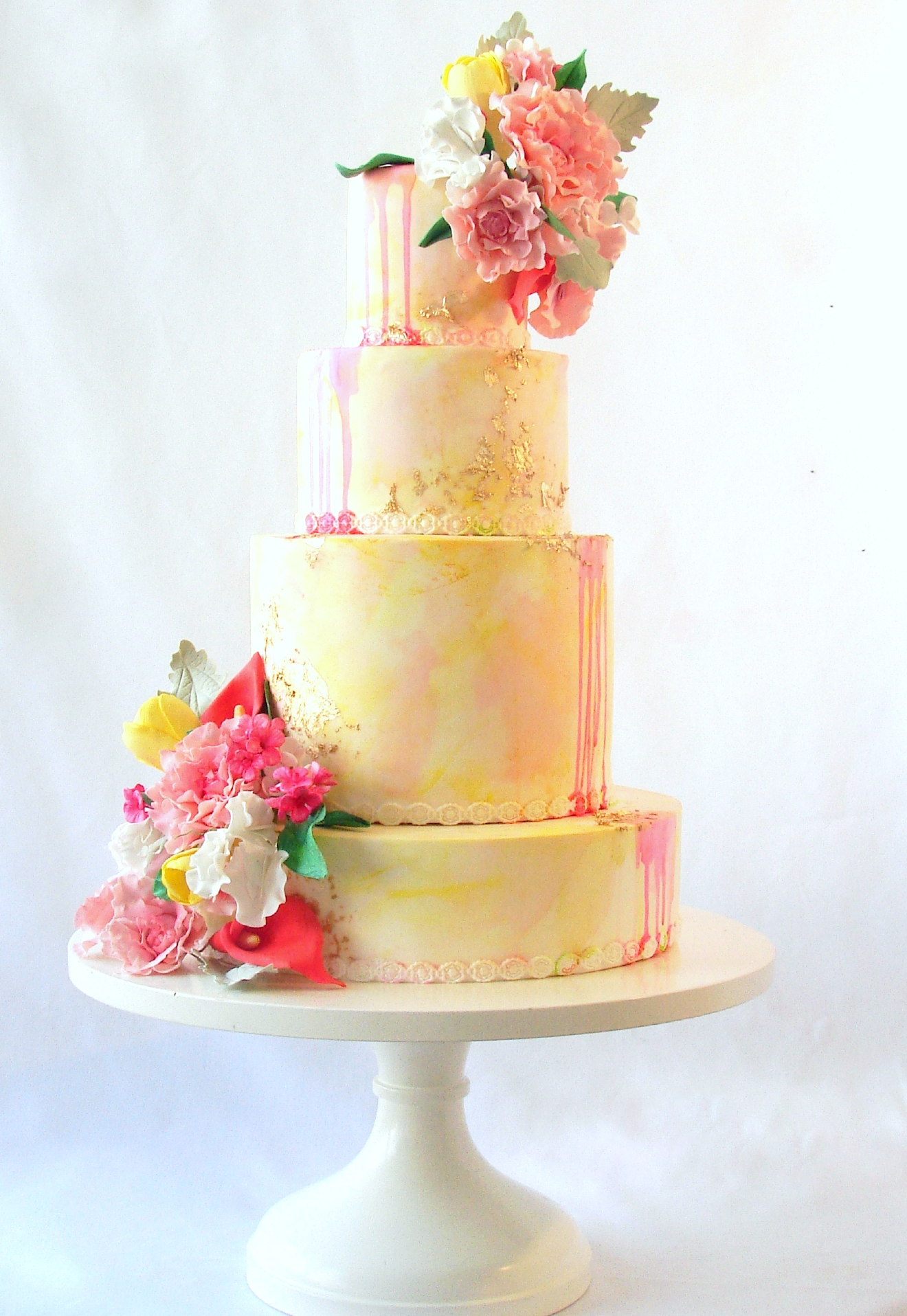 Tie the Knot Tuesday Locally baked wedding cakes too pretty to cut