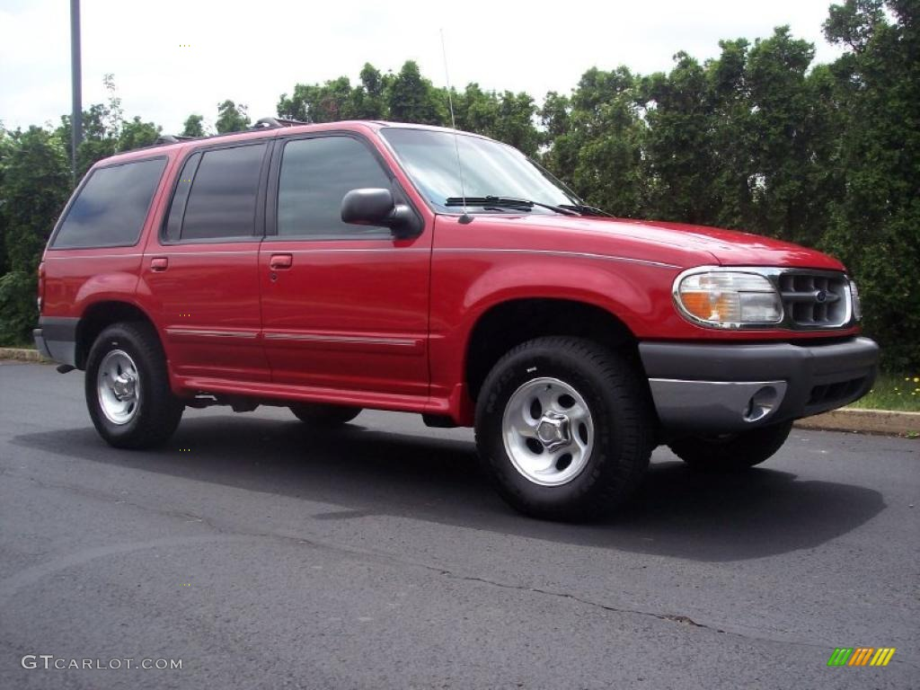 Maroon 1999 Ford Explorer - Photo from the Deschutes County Sheriff's Office.jpg
