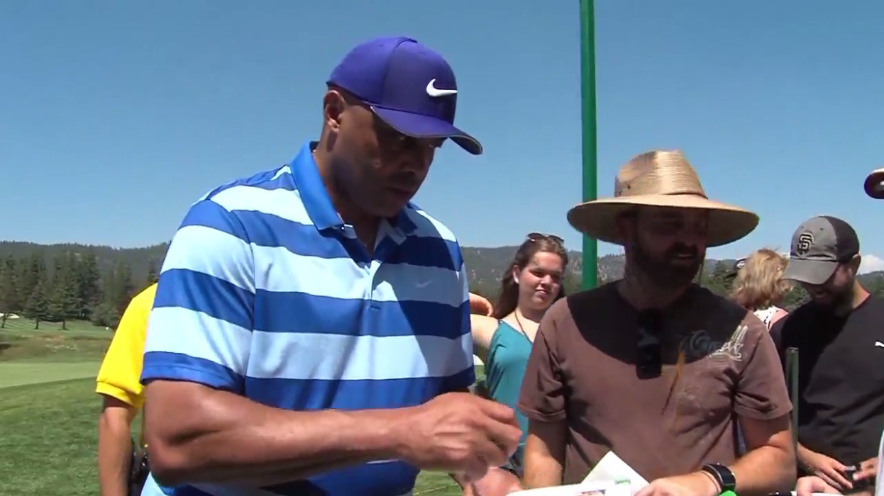 Basketball great Charles Barkley signs autographs for fans at Edgewood Golf Course during a practice for the American Century Championship on Thursday, July 13, 2017 (SBG)