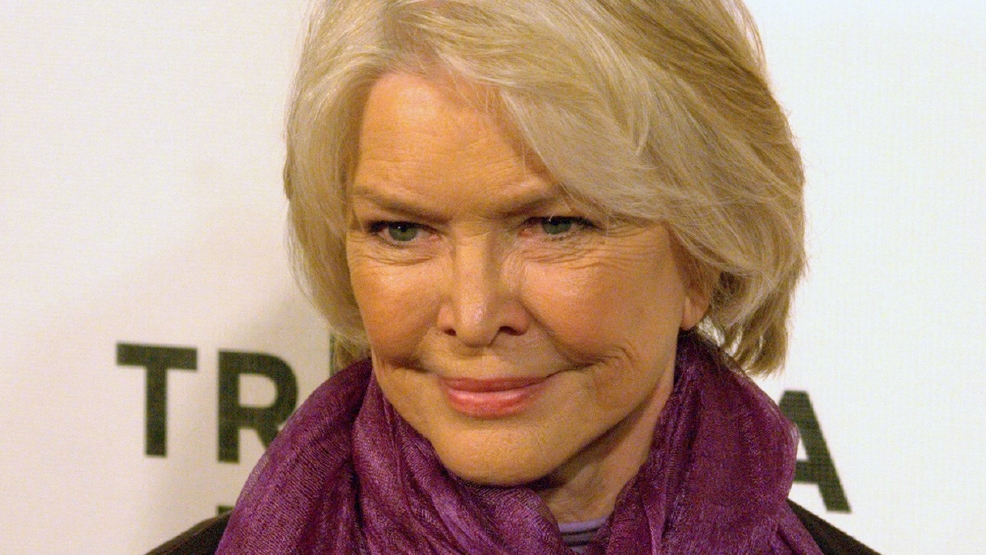 Ellen Burstyn to make directorial debut at 84