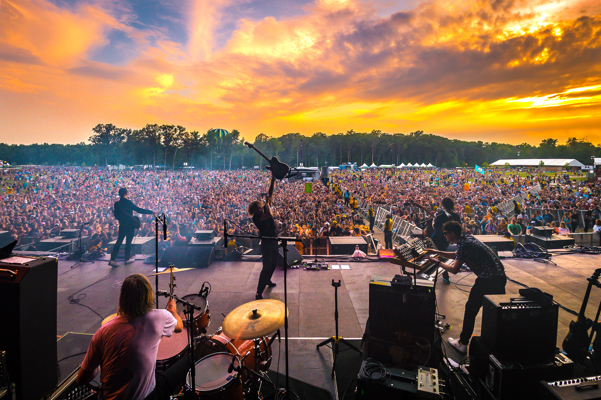The 2018  Firefly headliners are Eminem, Kendrick Lamar, Arctic Monkeys, and The Killers. Other popular artists include ODESZA, Lil Wayne, Logic, Martin Garrix, SZA, alt-J, Portugal. The Man, Foster the People, MGMT, Mike D and more than 50 others. (Image: aLIVE Coverage)