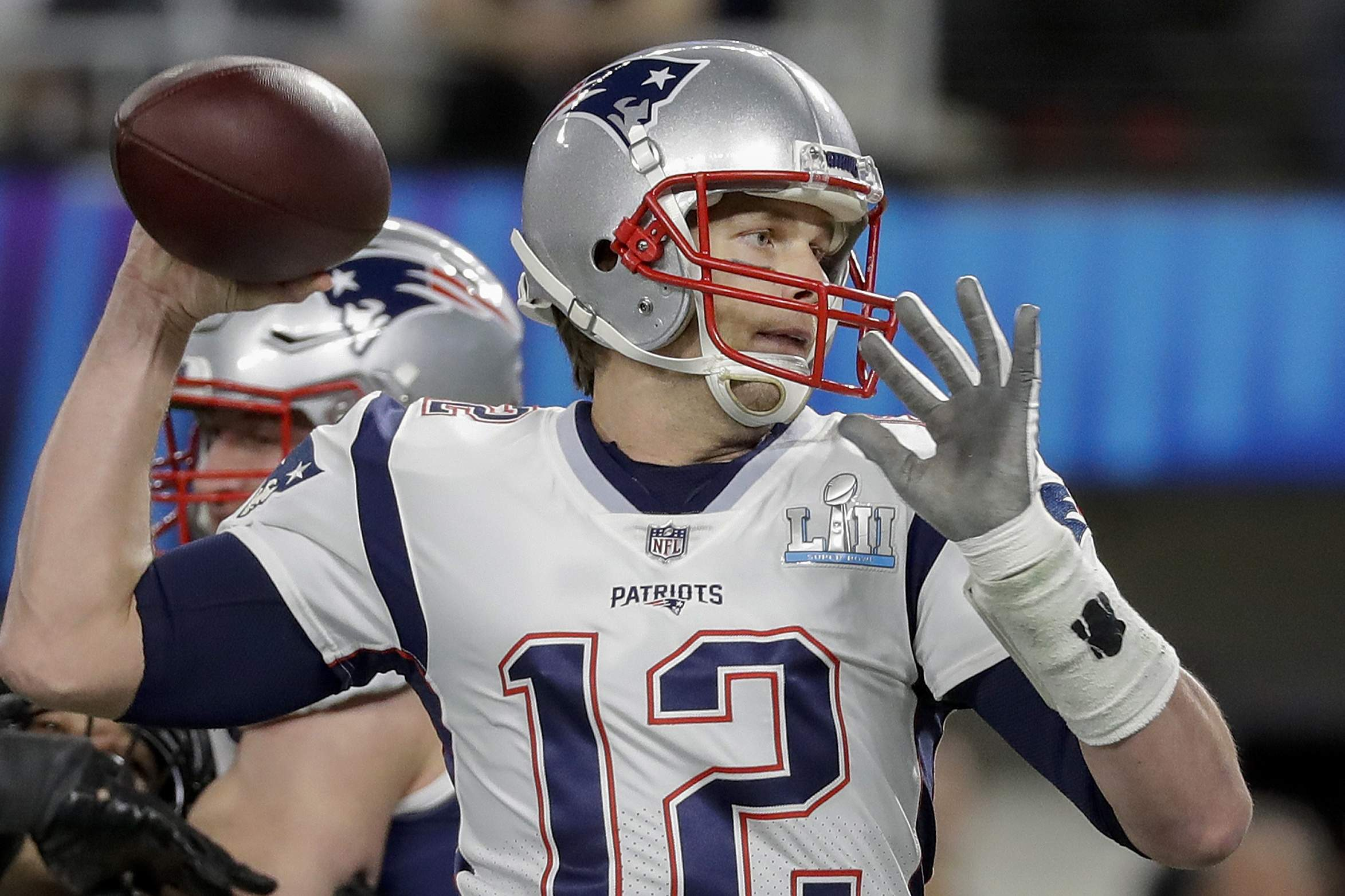 New England Patriots quarterback Tom Brady throws during the first half of the NFL Super Bowl 52 football game against the Philadelphia Eagles Sunday, Feb. 4, 2018, in Minneapolis. (AP Photo/Mark Humphrey)