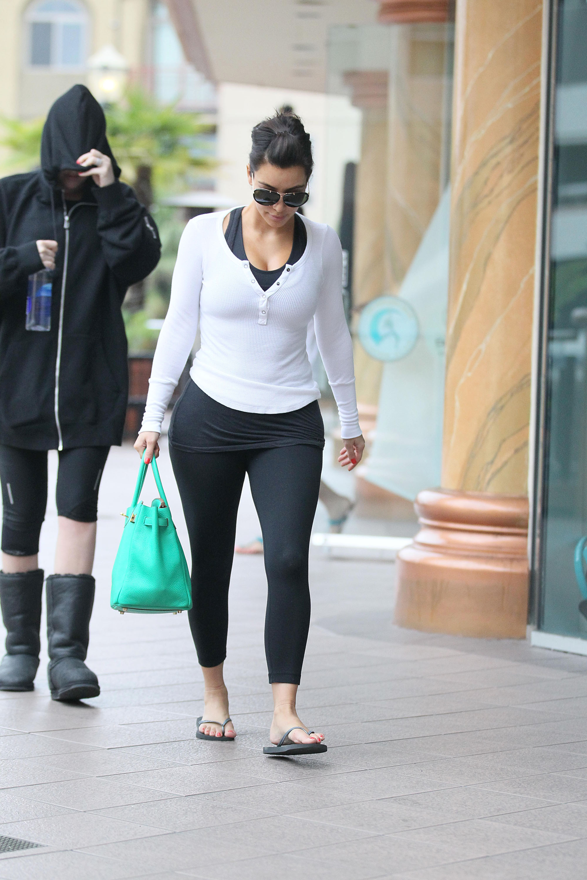 Kim Kardashian seen leaving her Pilates class in Encino Los Angeles, California - 04.06.12  Featuring: Kim Kardashian Where: United States When: 04 Jun 2012 Credit: WENN