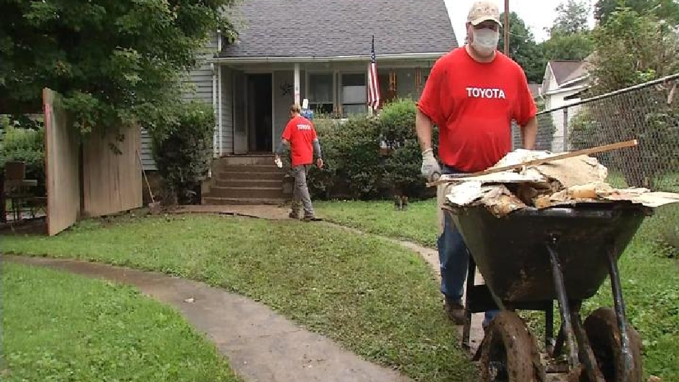 Toyota Employees Get Involved In Flood Relief Effort Wchs