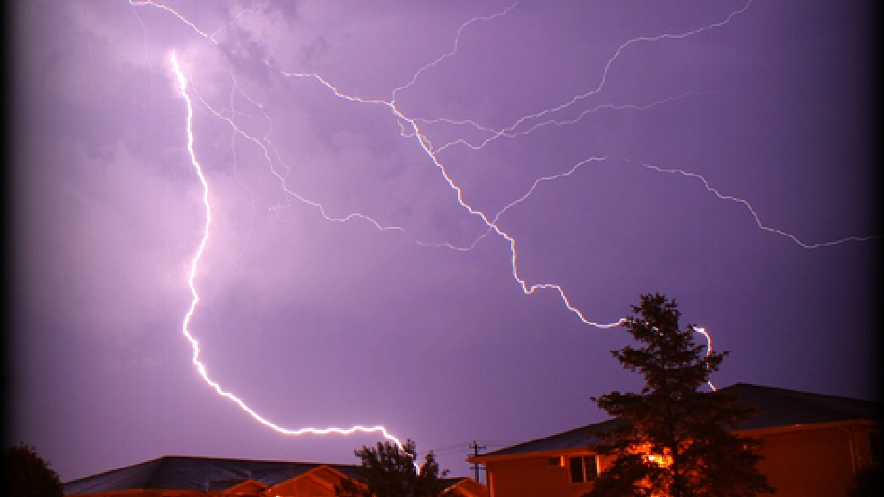 Lightning in Neenah on Tuesday, June 17, 2014. (ReportIt/Brad Birkholz)