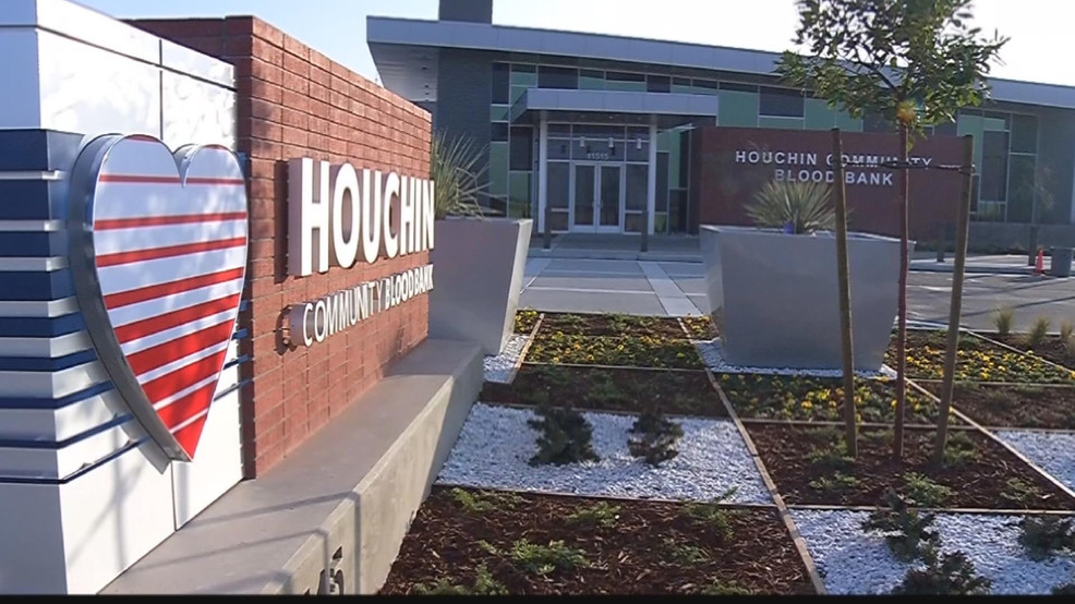 """Three Way Chevrolet Bakersfield >> Houchin encourages locals to participate in """"Giving Tuesday"""" 