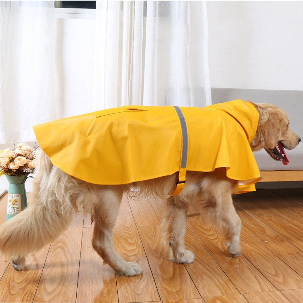"OKdeals{&nbsp;}Lightweight Rain Jacket - $15.99. For that classic ""we're totally used to this weather"" look, nab one of these yellow jackets . Even better-- find yourself a yellow parka and tada-- there's a dynamic duo if we do say so ourselves. At just $15.99, this coat manages to do the trick and keep your bud stylin', all without breaking the bank. (Image: Amazon)<br>"