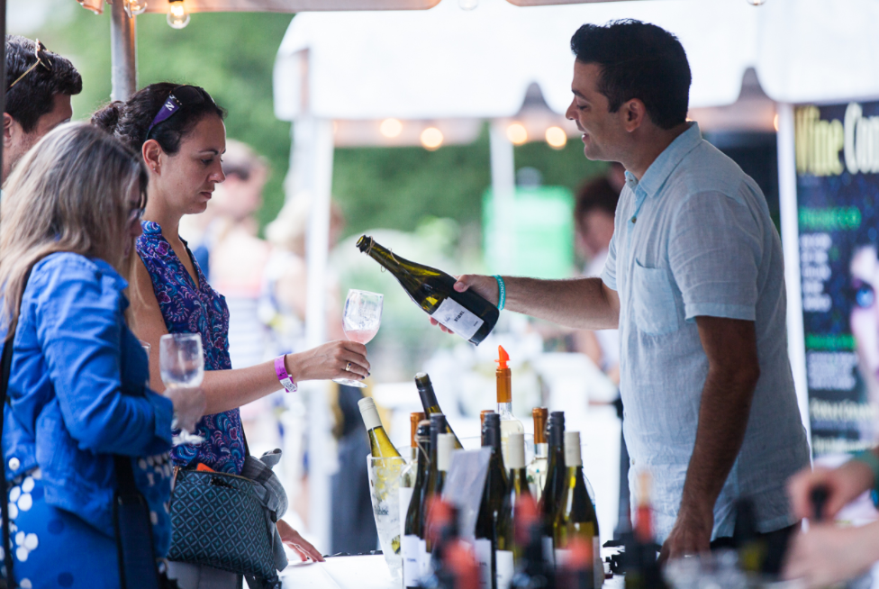Zoo Uncorked (Jay Snap/ LaDexon Photographie)