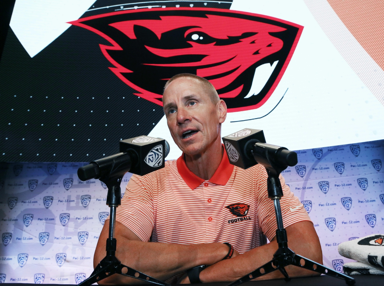 Oregon State head coach Gary Andersen speaks at the Pac-12 NCAA college football media day in Los Angeles Friday, July 15, 2016. (AP Photo/Reed Saxon)