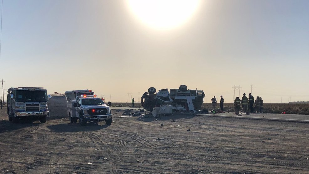 1 dead in rollover crash on Hwy 58 | KBAK