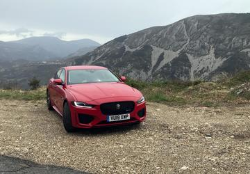 5 things to know about the 2020 Jaguar XE