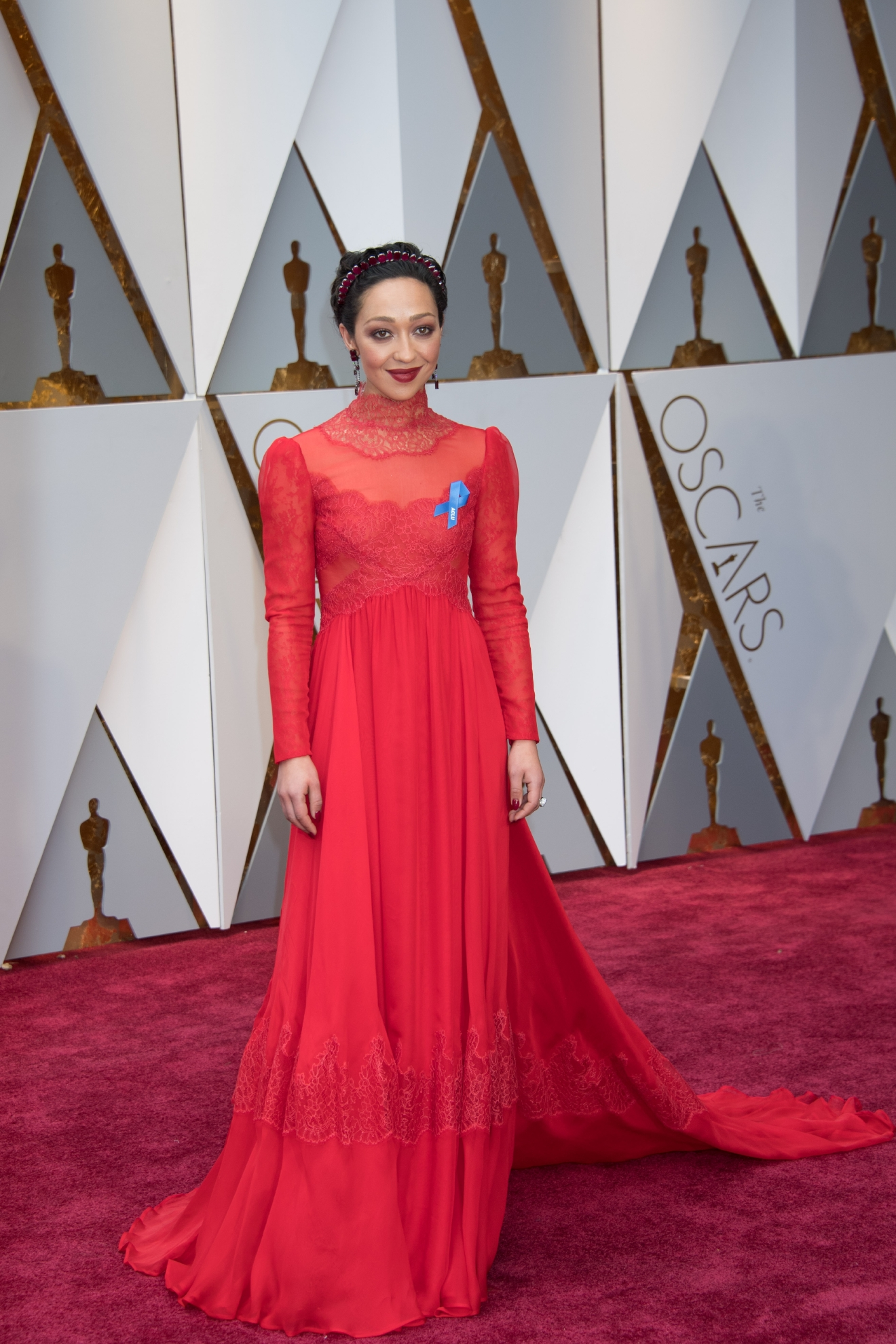 Ruth Negga, Oscar® nominee, arrives on the red carpet of The 89th Oscars® at the Dolby® Theatre in Hollywood, CA on Sunday, February 26, 2017. (Michael Yada / ©A.M.P.A.S.)