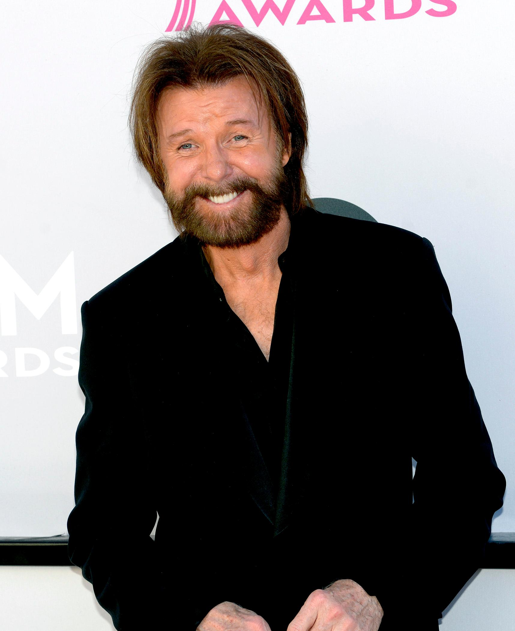Singer Ronnie Dunn walks the Academy of Country Music Awards red carpet at T-Mobile Arena. Sunday, April 2, 2017. (Glenn Pinkerton/ Las Vegas News Bureau)