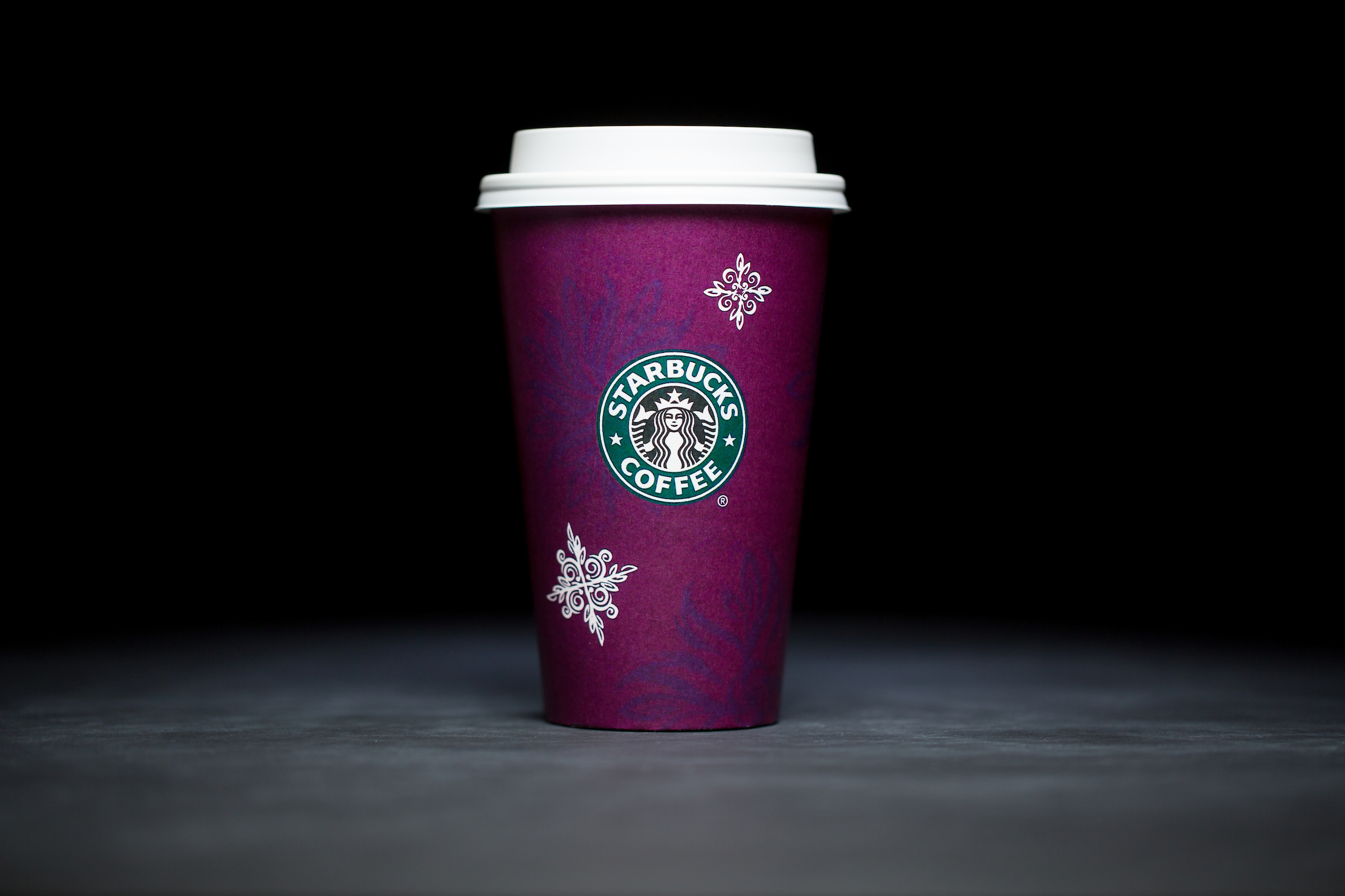 1998: For 20 years, Starbucks have released a range of holiday cup designs, most of them based around their world famous red cup. It's not easy to find the very first Starbucks holiday cups, which made their debut in stores in 1997. Few were saved, and electronic design files were lost in an earthquake in 2001. Even an Internet search is unyielding, with the cups having made their arrival long before the first selfie. But, we have them here! Click on for a photos of all 20 holidays cup designs. (Image: Joshua Trujillo/Cover Images)<p></p>