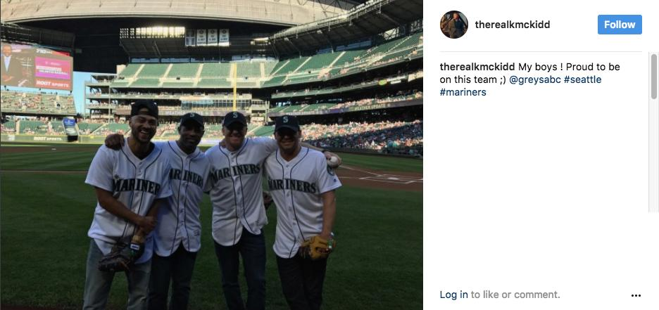 """My boys! Proud to be on this team :) @greysabc #seattle #mariners"" - Kevin McKidd (aka Owen hunt). (Image: @therealkmckidd Instagram)"