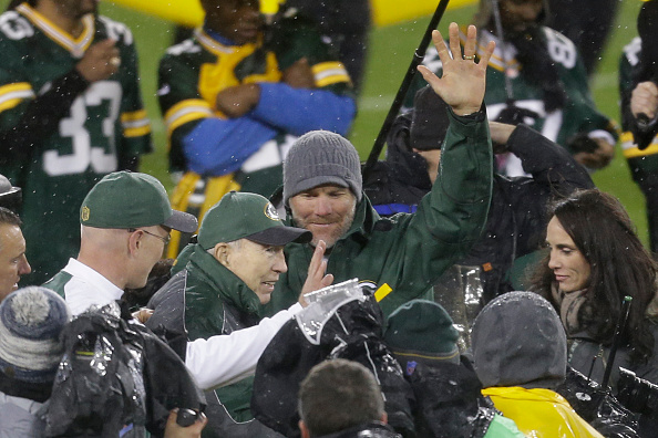 Starr's last visit to Lambeau came in 2015 when he celebrated Brett Favre's induction into the Packers Ring of Honor.