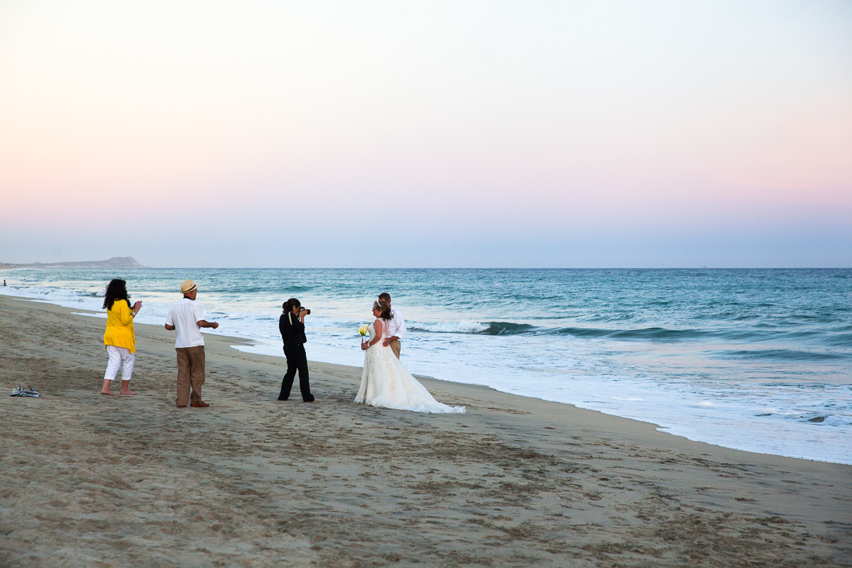 Beach wedding pics at Hyatt Ziva Los Cabos (Images: Paola Thomas / Seattle Refined)