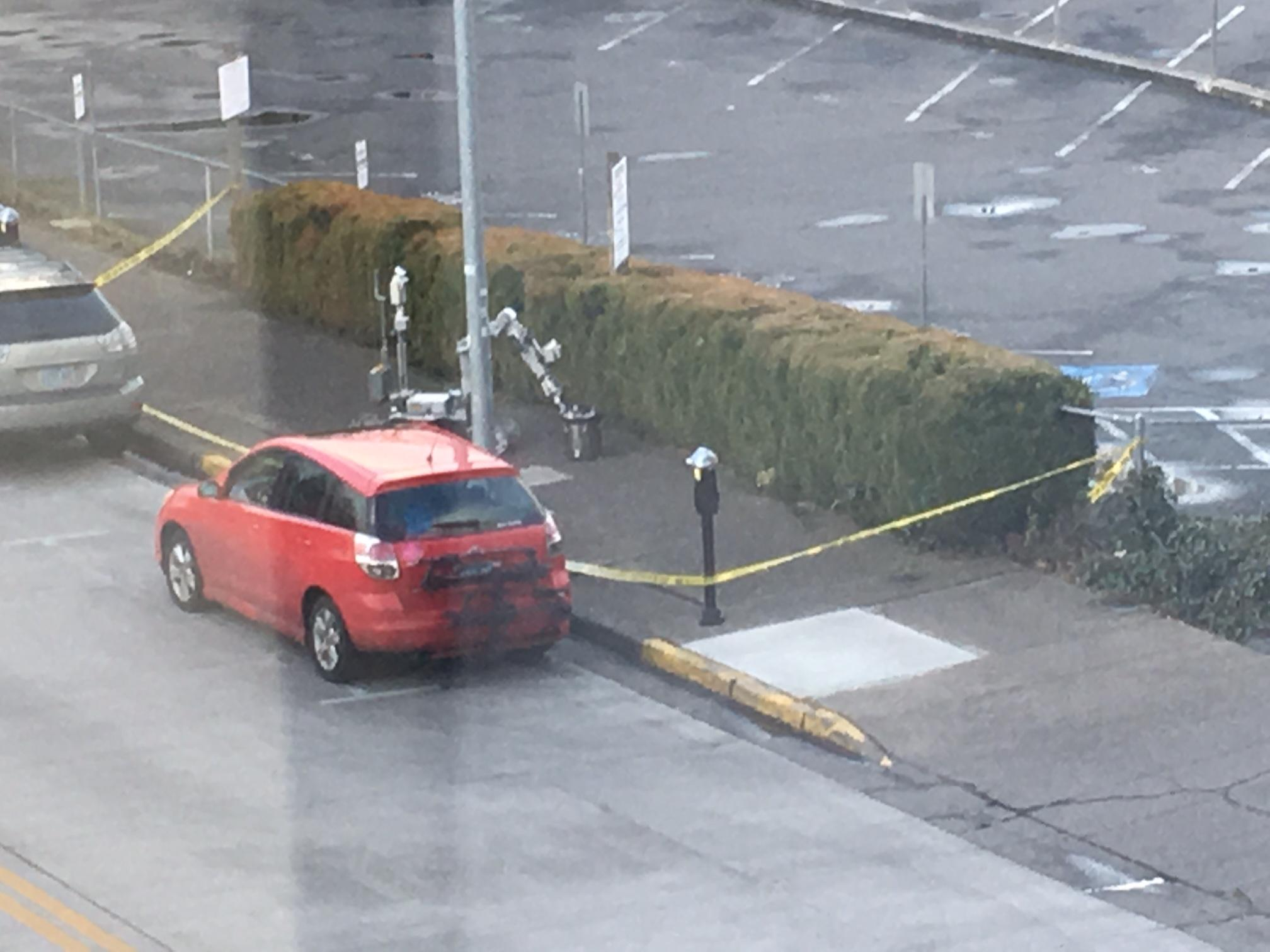 Bomb Unit investigating &quot;suspicious device&quot; in downtown Eugene (Photo sent by a viewer.)<p></p>