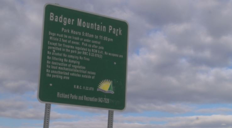 Teen injured in cliff fall near Badger Mountain Park