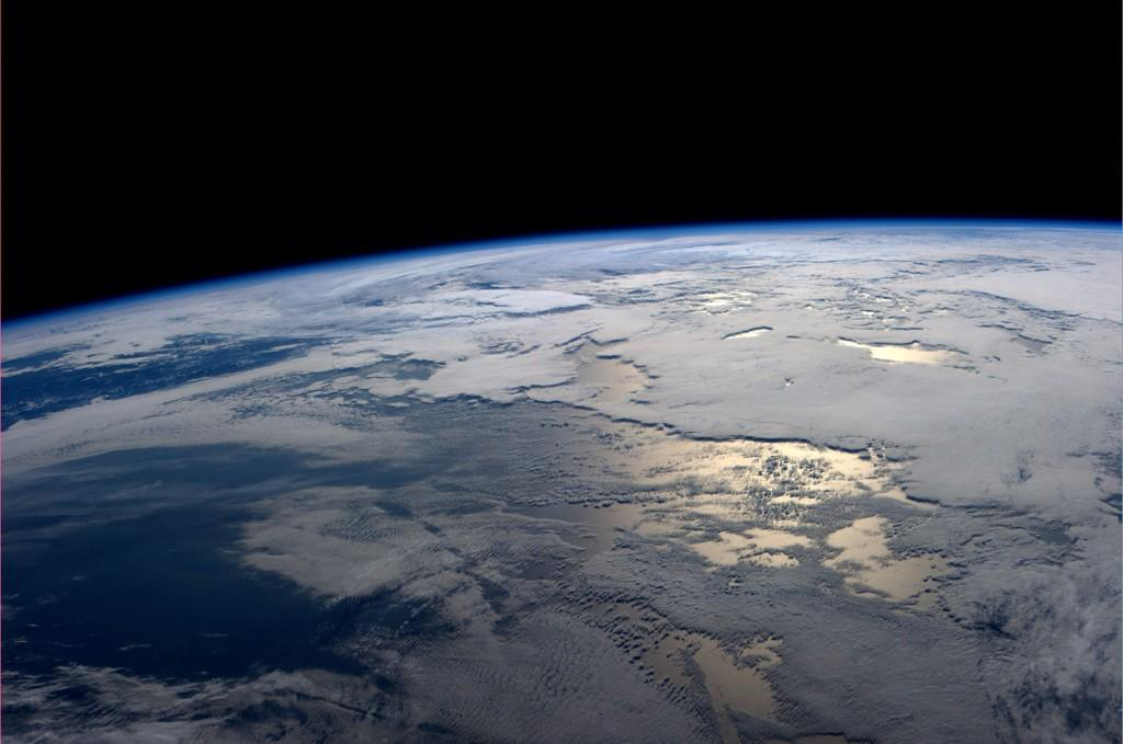 Mid-morning over the endless Pacific Ocean (Photo & Caption: Reid Wiseman, NASA)