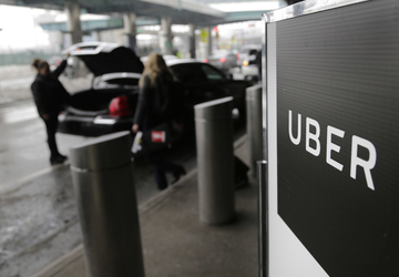 Uber agrees to protect rider data