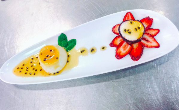 IMAGE: IG user @deninosavory / POST: Passion fruit #bavarois with [strawberries] and mint leaves