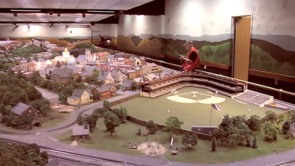 CARNEGIE SCIENCE CENTER RAILROAD & VILLAGE.png