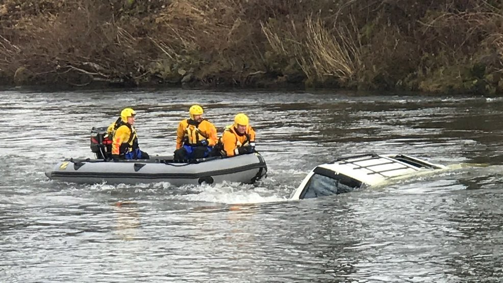 orting_river_rescue2.jpg