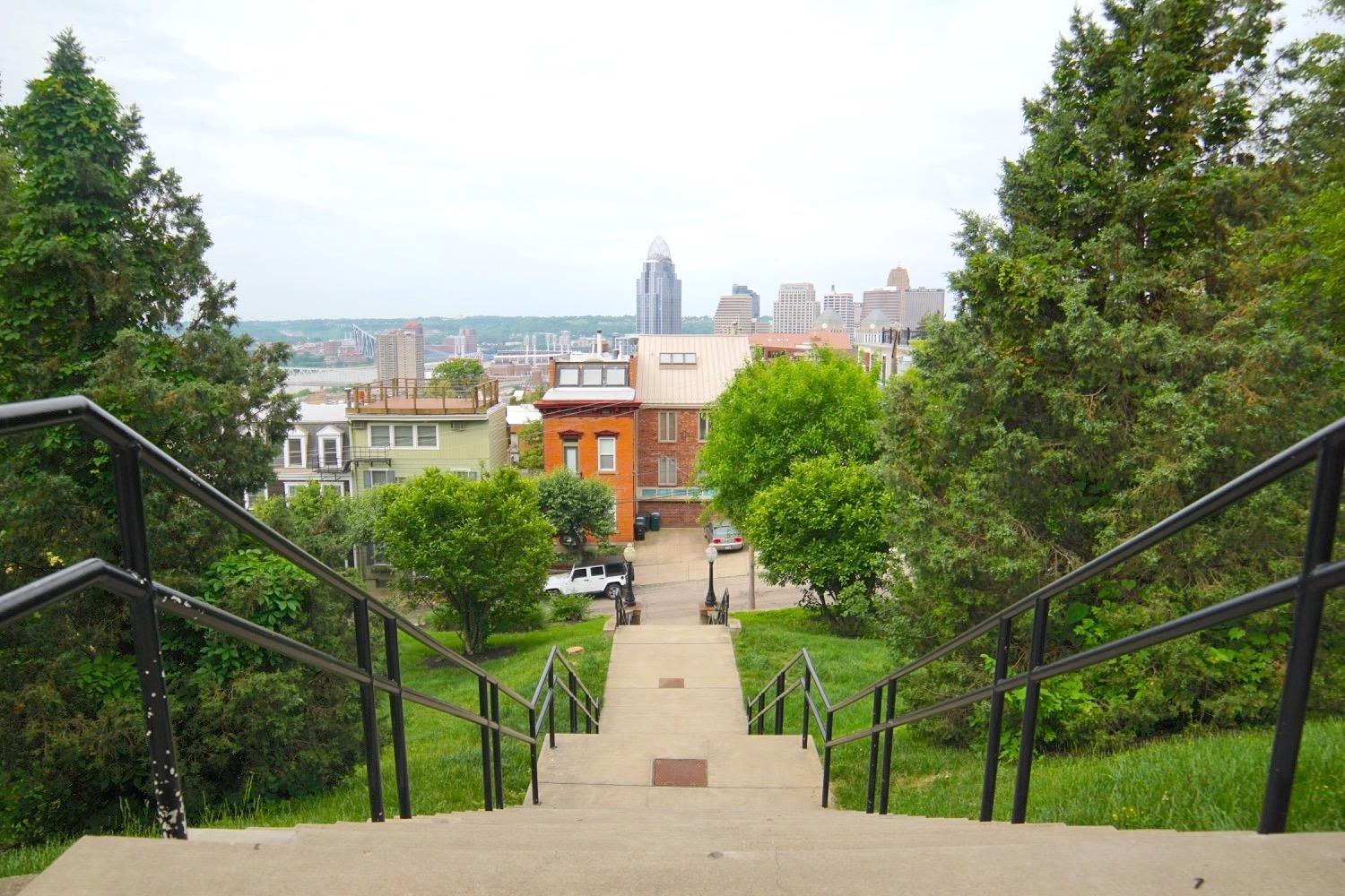 HIKE: So Many Stairs! / AREA: Mt. Adams / ABOUT: From the Art Museum to Downtown, then back up to Eden Park using all of the stairs (learn more about the path in the story). / Image: Brian Planalp // Published: 5.19.17