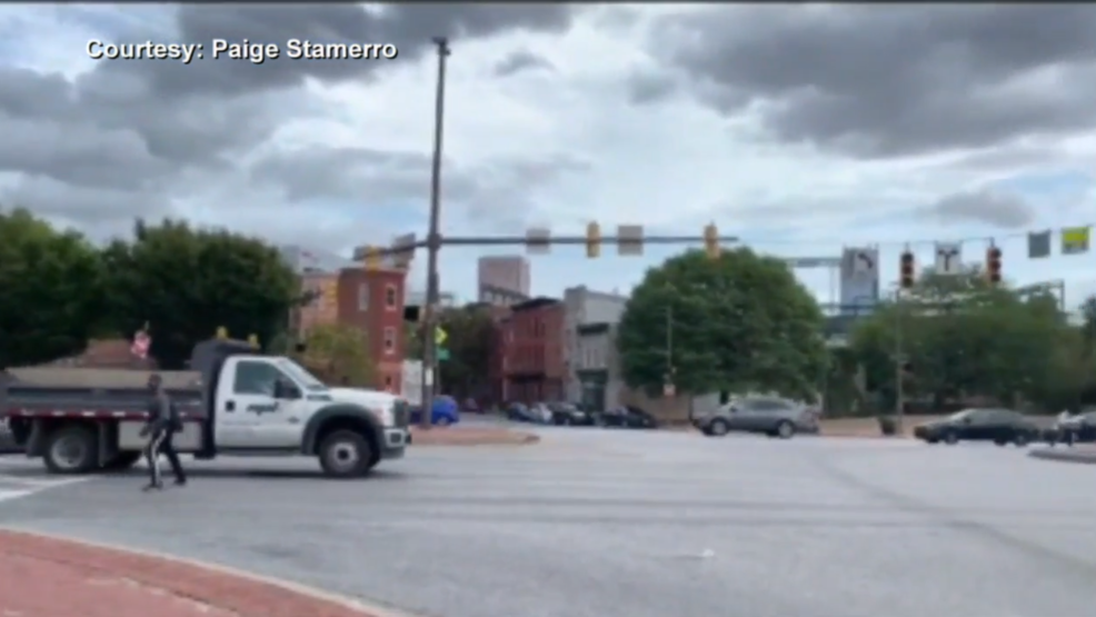 Video captures squeegee kids directing traffic in Baltimore City