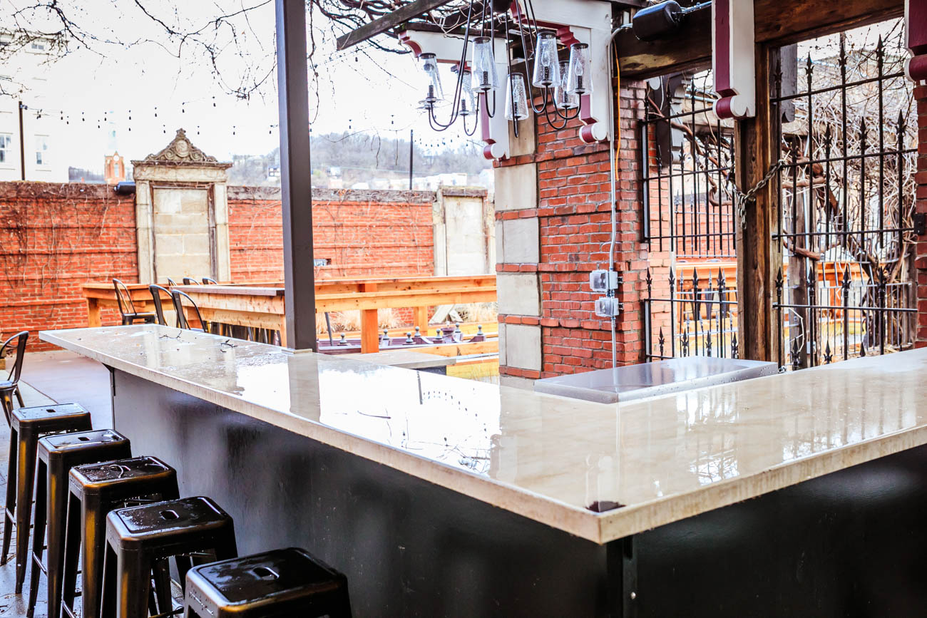 When the weather warms up, the fully-equipped outdoor kitchen will be opening. Rosedale partnered with Mortar Cincinnati to create the Mortar Mess Hall. Food will be available every happy hour and evening, and all day on Saturdays and Sundays. / Image: Amy Elisabeth Spasoff // Published: 1.18.18