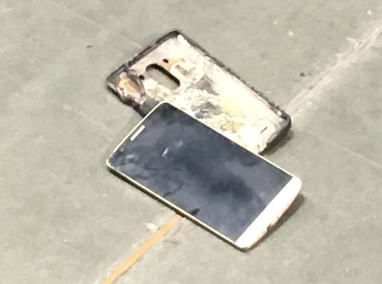 A phone that caught fire at the Puyallup Costco on March 16, 2017. (Photo: Everett Tyrrell)