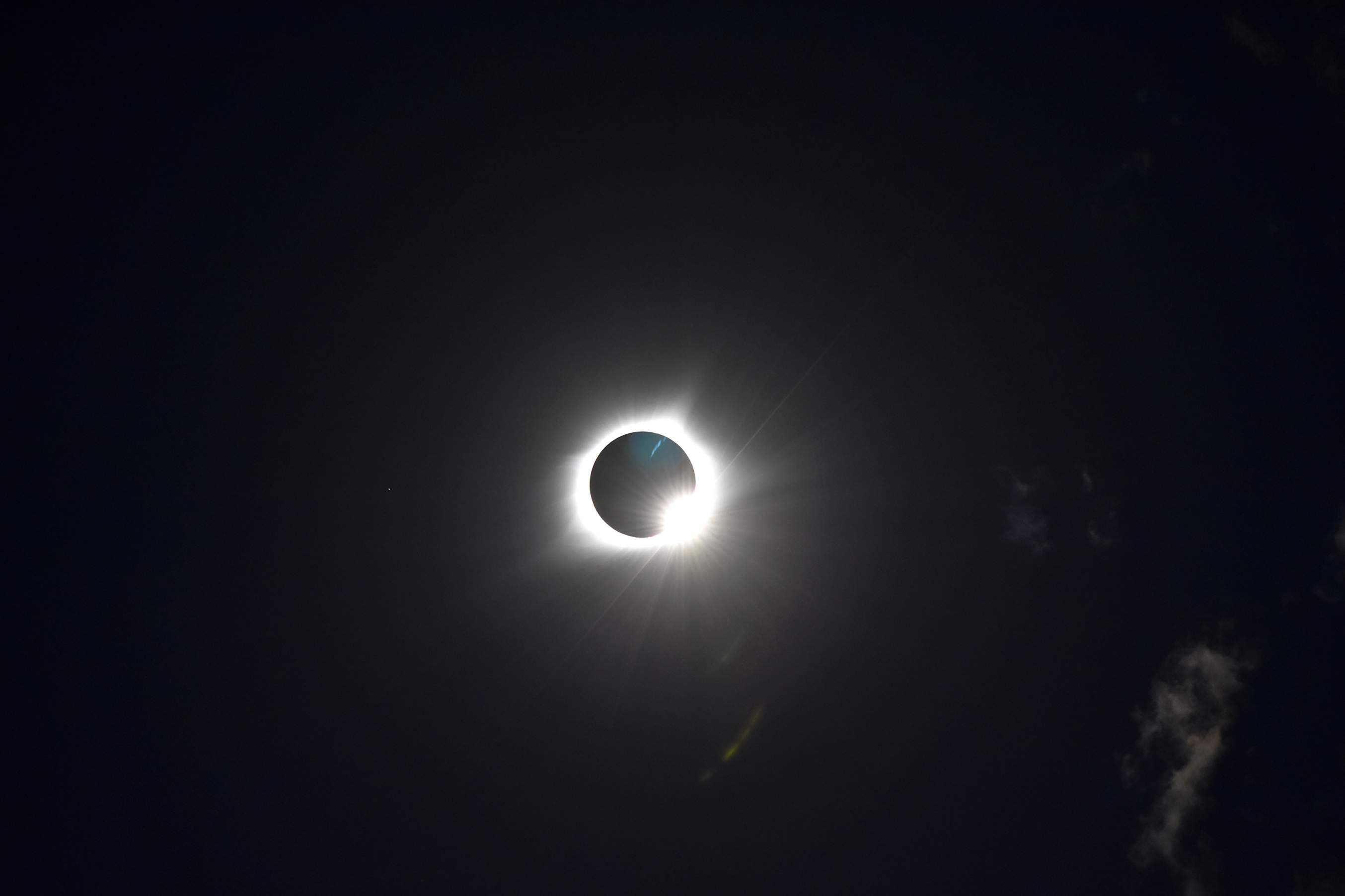 The diamond ring as totality ends in Blue Springs. [Photo courtesy of city of Blue Springs]
