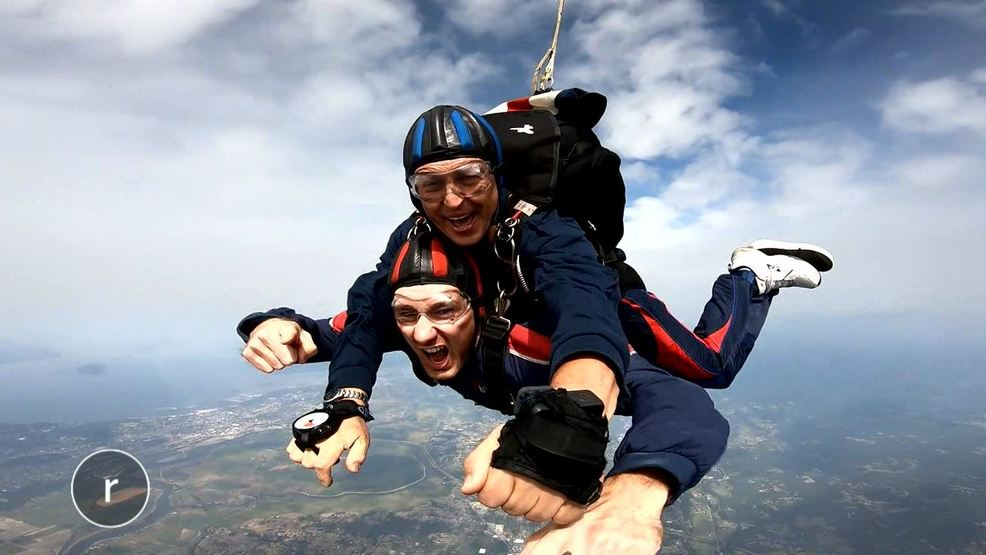 Skydiving photo.JPG