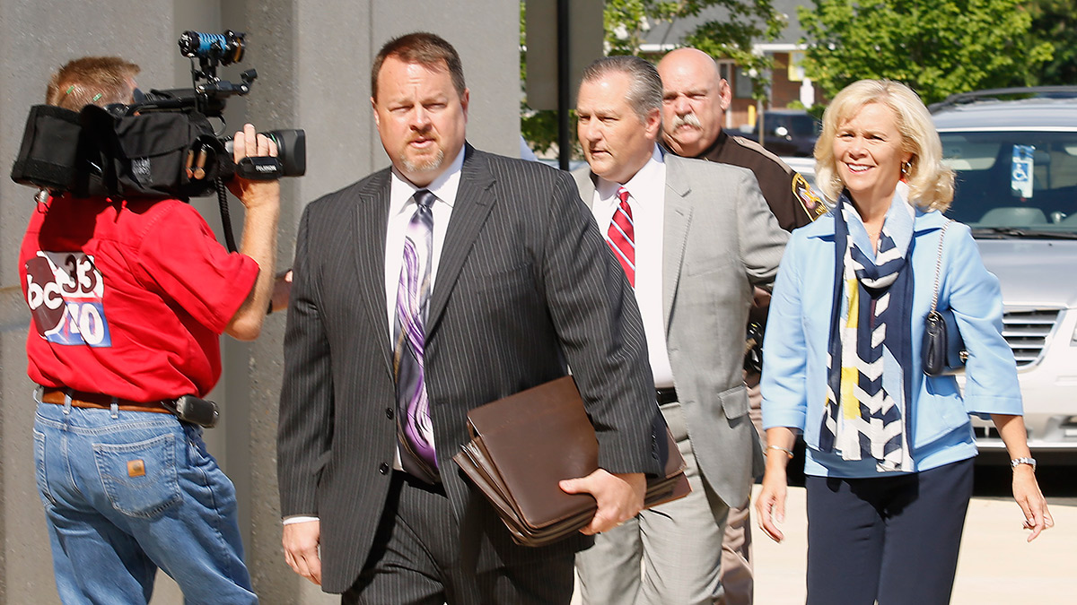 Mike Hubbard on day of sentencing (abc3340.com)