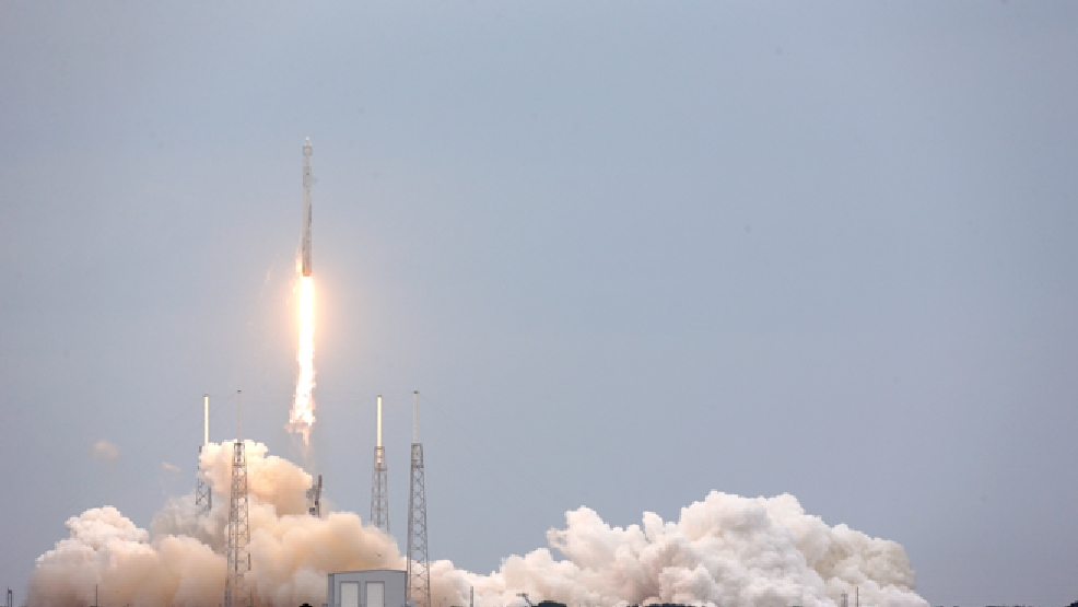 A SpaceX rocket Dragon cargo ship lifts off from launch complex 40 at the Cape Canaveral Air Force Station in Cape Canaveral, Fla., Friday, April 18, 2014. The rocket will deliver research equipment, food and other supplies to the International Space Station. (AP Photo/John Raoux)