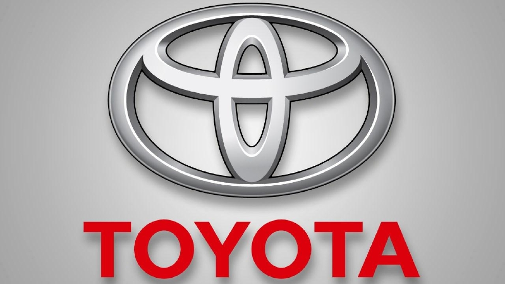 Toyota recalling 834 000 sienna minivans in north america for Toyota motor north america