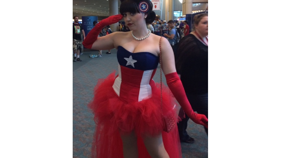Participants of the 2014 Comic Con International convention in San Diego get into the spirit. (KOIN 6/ Jerry McCormick)
