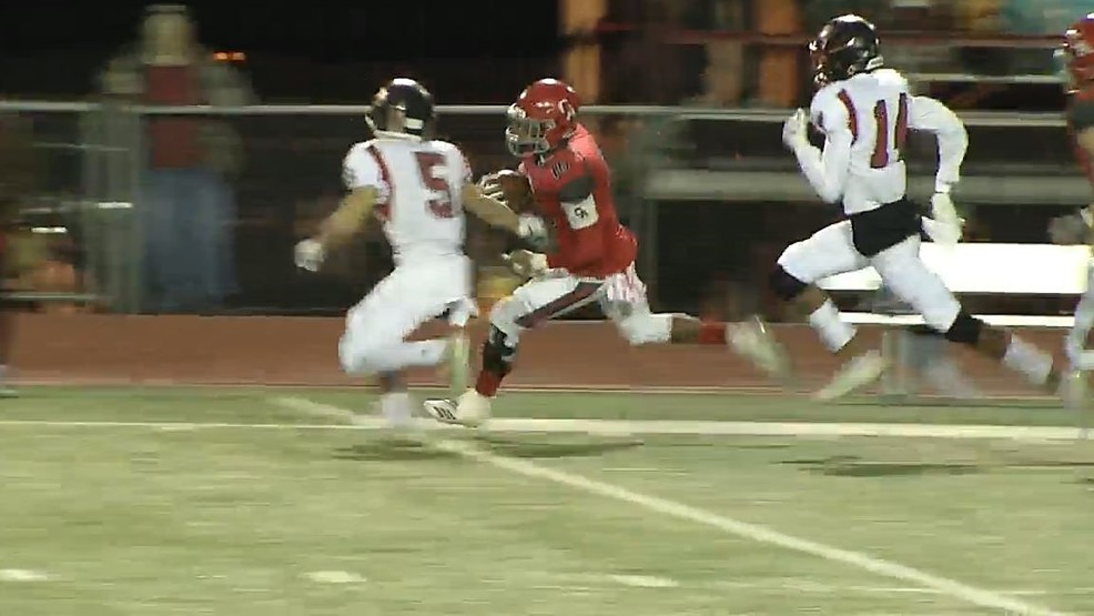 Carl Albert's Dadrion Taylor tries to our run the Claremore defencse in the second week of the playoffs on Friday, November 16, 2018. (KOKH).JPG