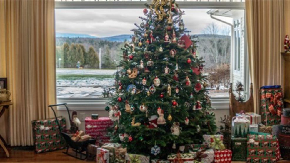 choosing between artificial or real christmas tree