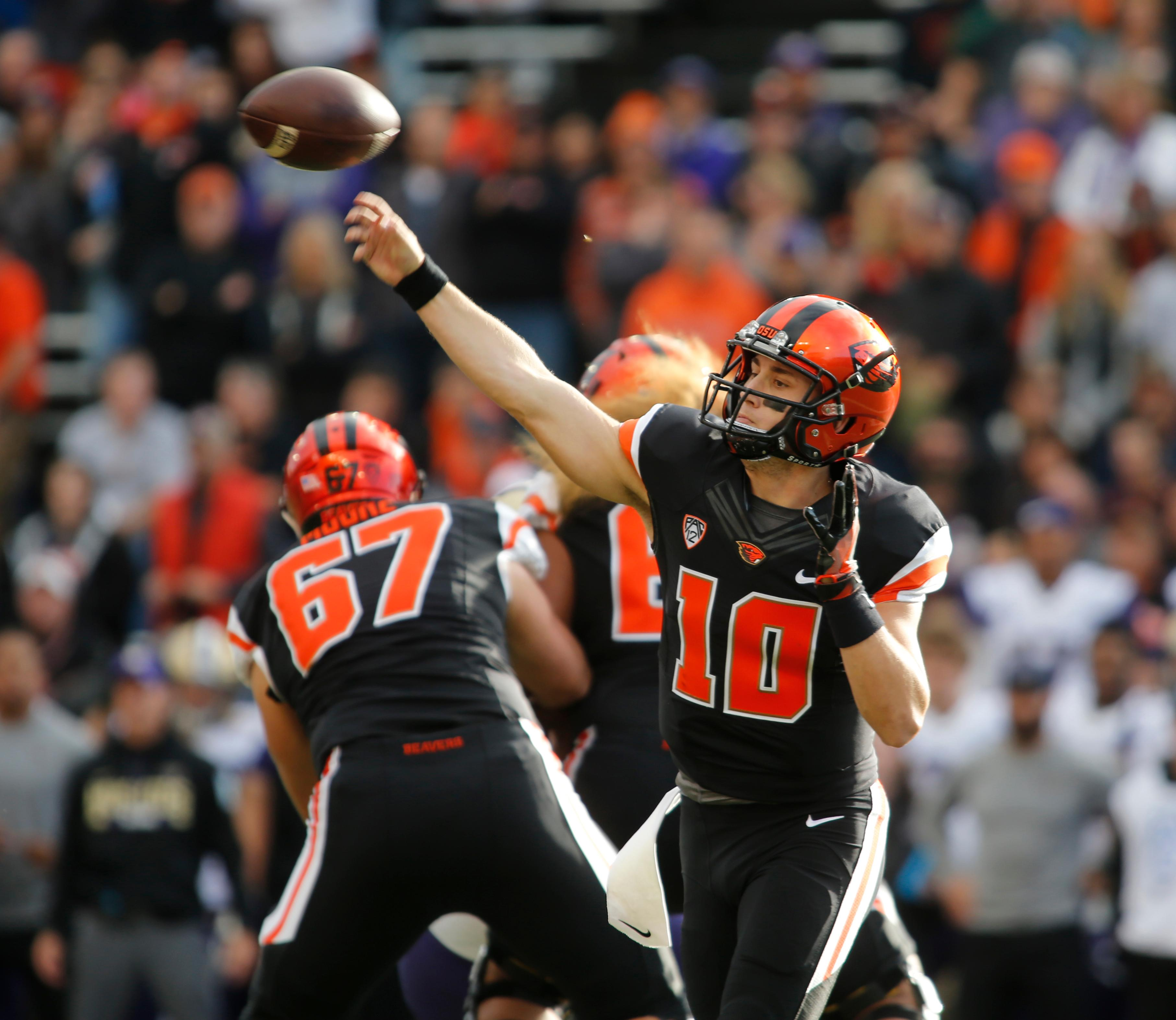 Oregon State quarterback Darell Garretson (10) throws a pass in the first half of an NCAA college football game against Washington, in Corvallis, Ore., Saturday, Sept. 30, 2017. (AP Photo/Timothy J. Gonzalez)