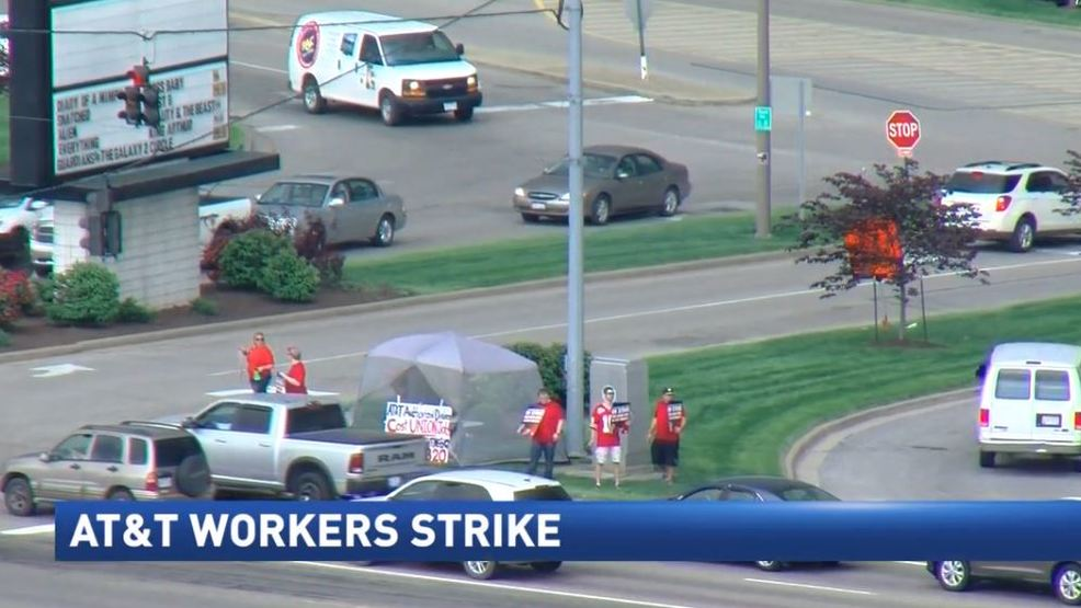 At T Employees Walk Off Job As Part Of A Labor Strike Wtov
