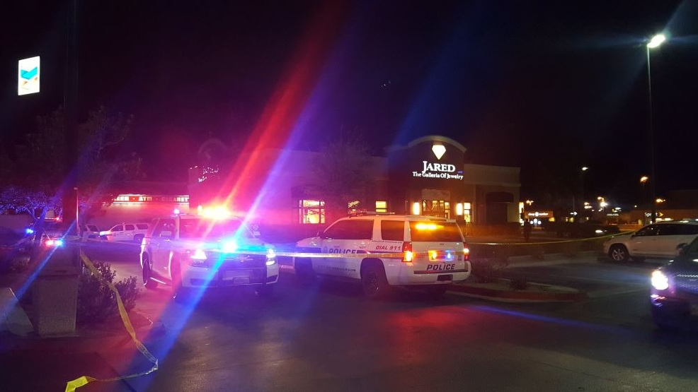Employee shot and killed during robbery at Henderson jewelry store