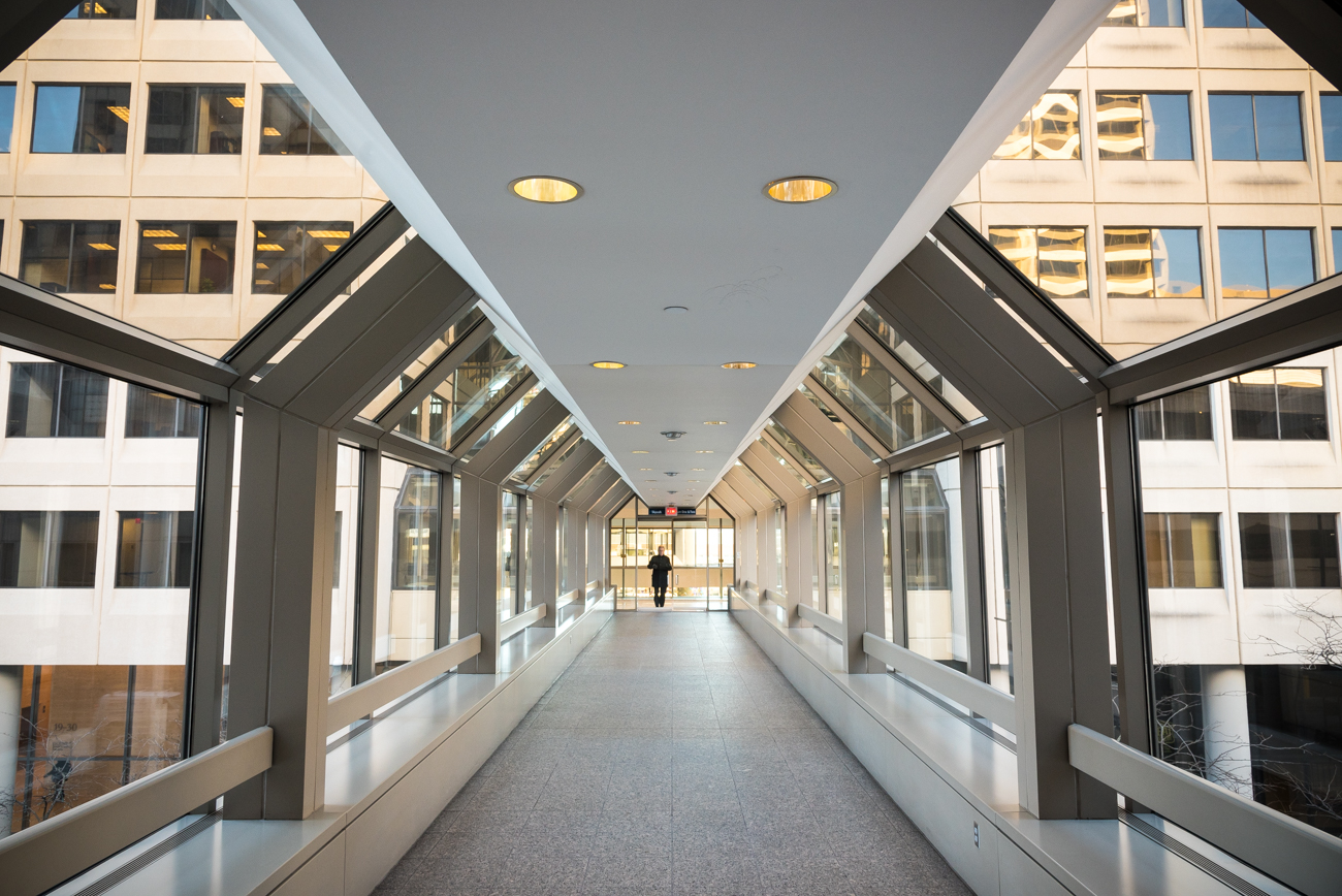 4th Street has a skywalk: between Atrium and First Financial Tower / Image: Phil Armstrong, Cincinnati Refined // Published: 4.23.18