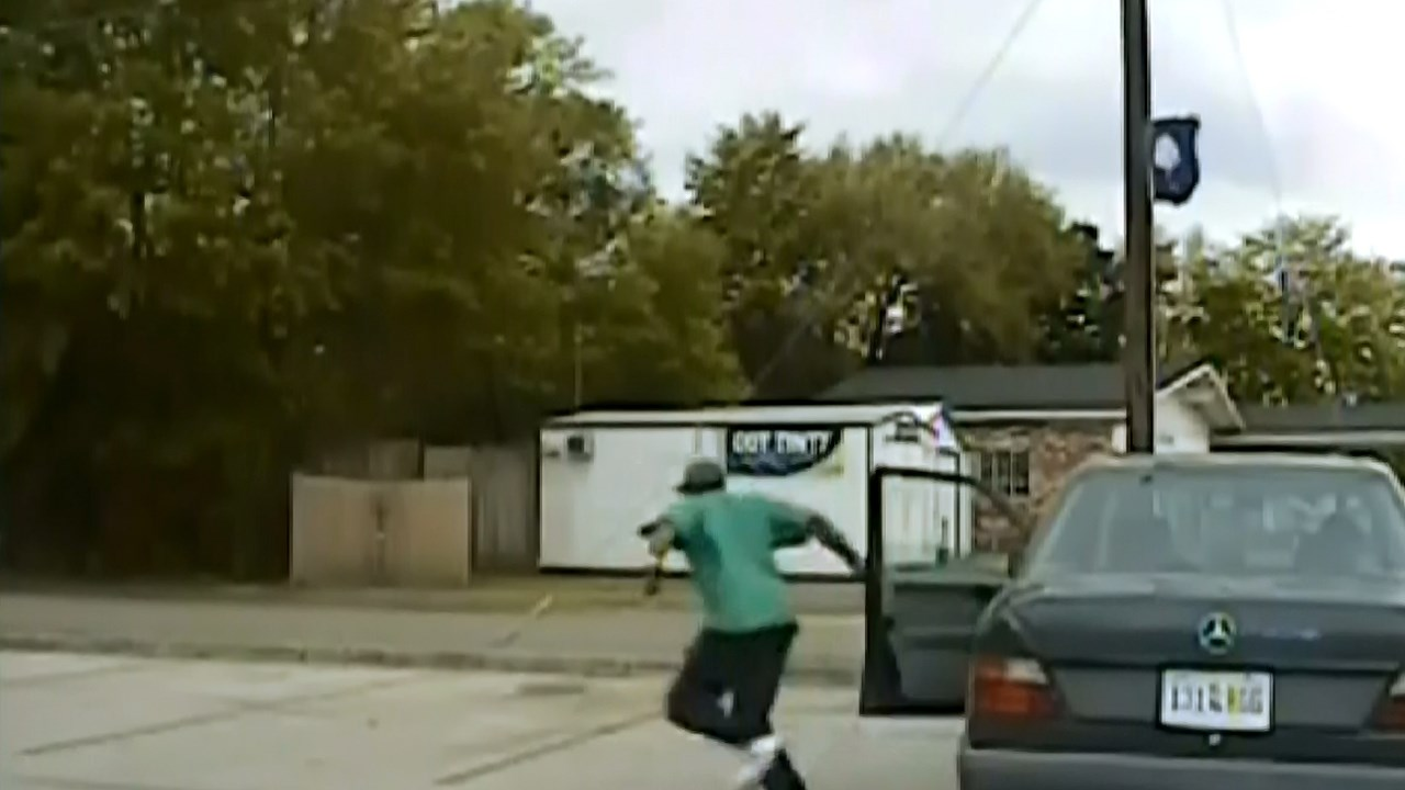 Michael Thomas Slager pulling over Walter Scott before the fatal shooting (Courtesy S.C. State Police)