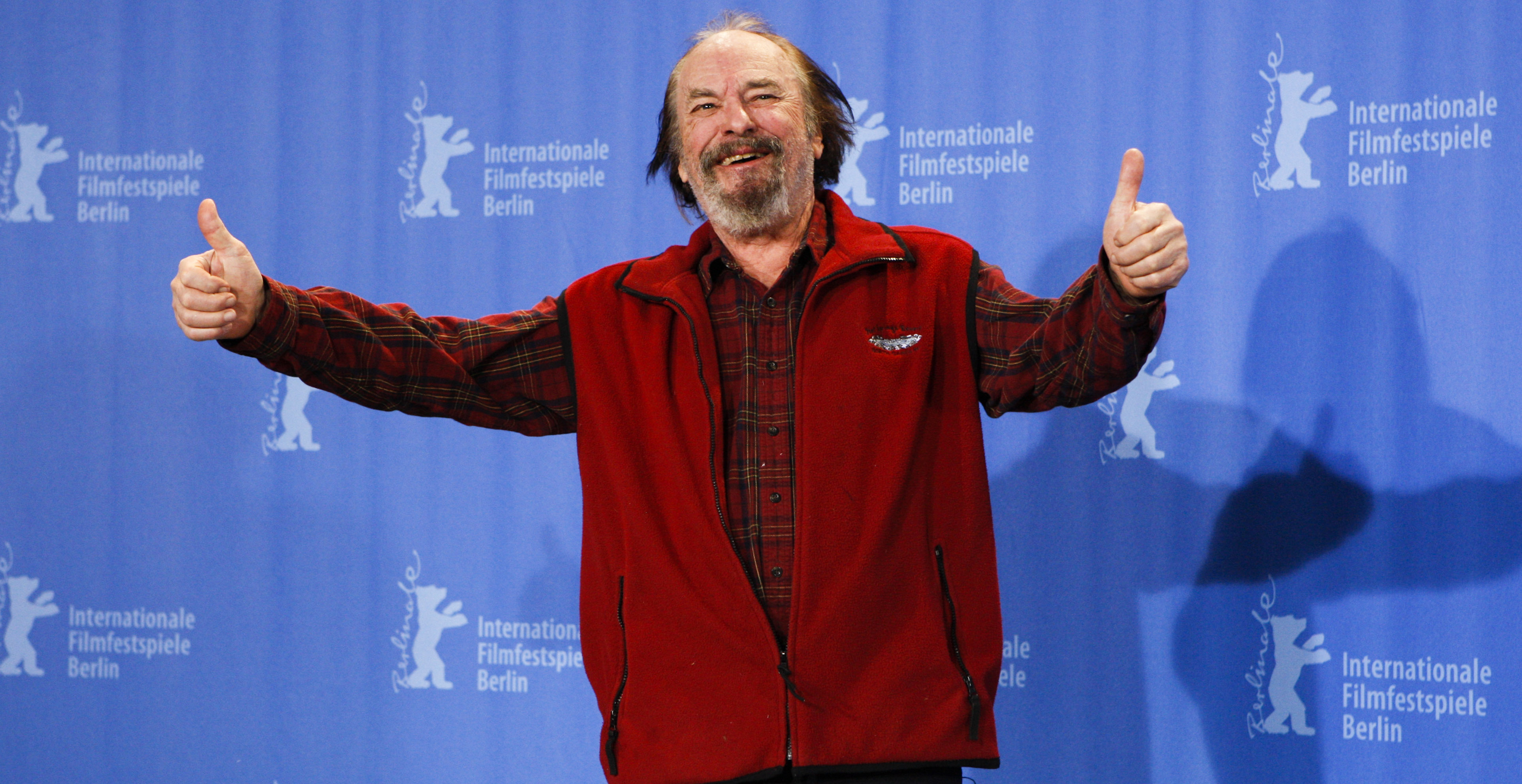 "** FILE ** In this Feb. 11, 2009 file photo actor Rip Torn poses during a photo-call for the competition movie ""Happy Tears"" at the Berlinale in Berlin. Torn, who was pulled over for alleged drunken driving in Connecticut with a Christmas tree tied atop his car in December, has applied for a state education program that could result in the case being dismissed. (AP Photo/Markus Schreiber)"