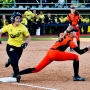 Photos: Ducks dominate Beavers in first game of Civil War series